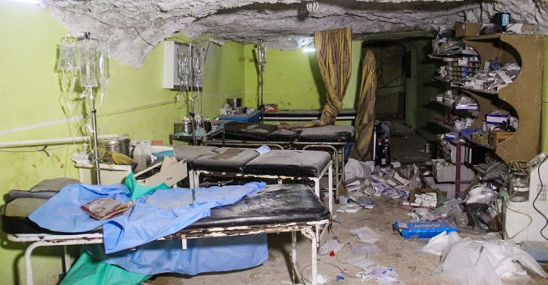 Syrian war: Hospitals demolished and dozens dead in latest Idlib bombardment