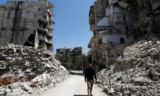 Assad demolishes refugee homes to tighten grip on rebel strongholds