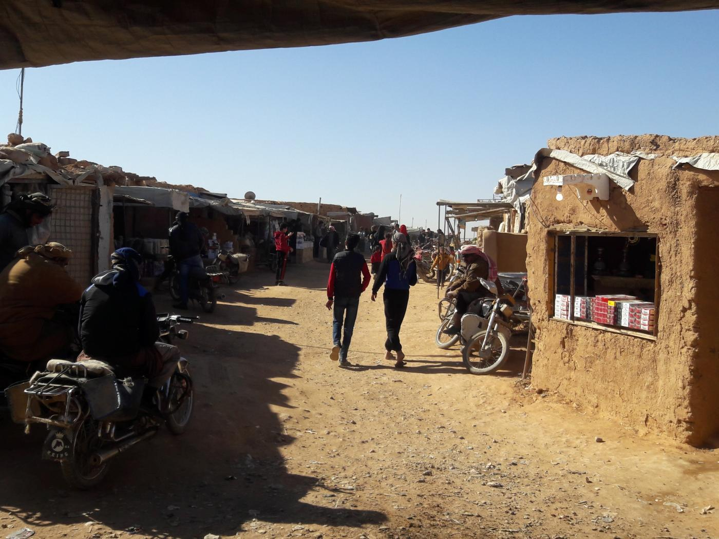 'On the cusp of death': Bread and flour run out in Syria's Rukban camp
