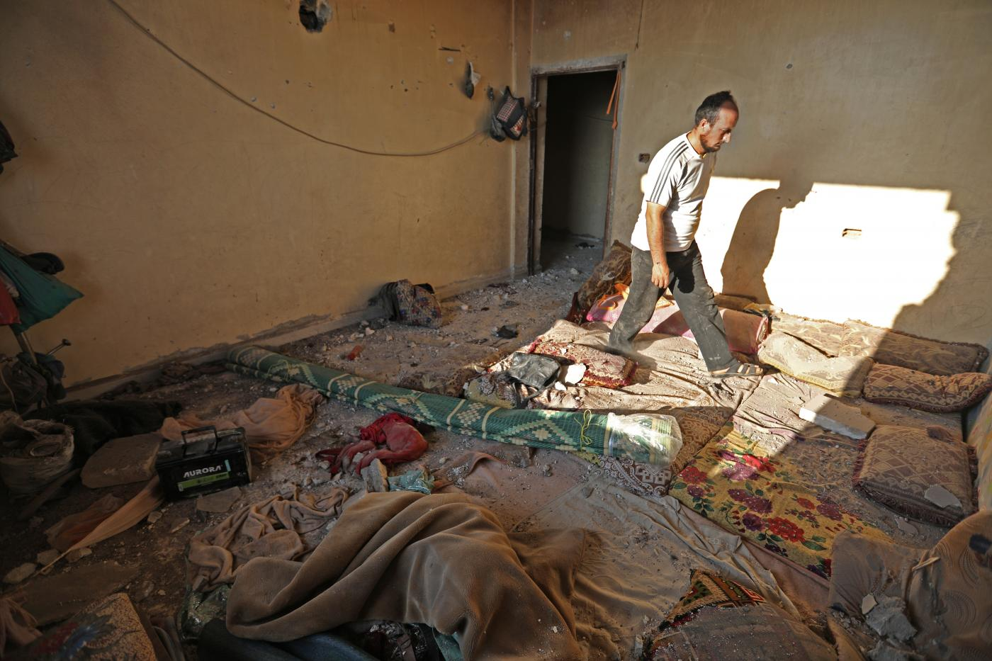 Air strikes in Syria's Idlib kill first civilian since ceasefire