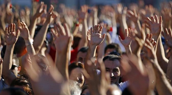 """قراءات في المجتمع المدني السوري(1): مأزق الحياد السياسي """"إدانة شخص بشار الأسد والتسليح نموذجاً"""""""