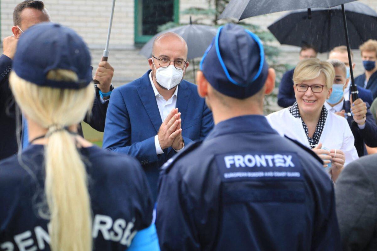 تقرير برلماني: على رئيس وكالة الحدود في الاتحاد الأوروبي أن يستقيل بسبب إساءة معاملة اللاجئين